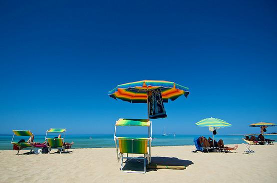 Выбрали лучшие пляжи Италии