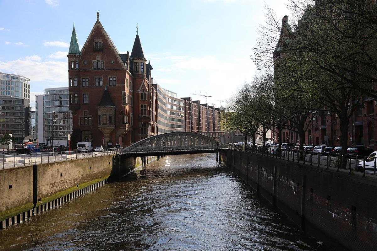 Картинки по запросу речные прогулки в гамбурге