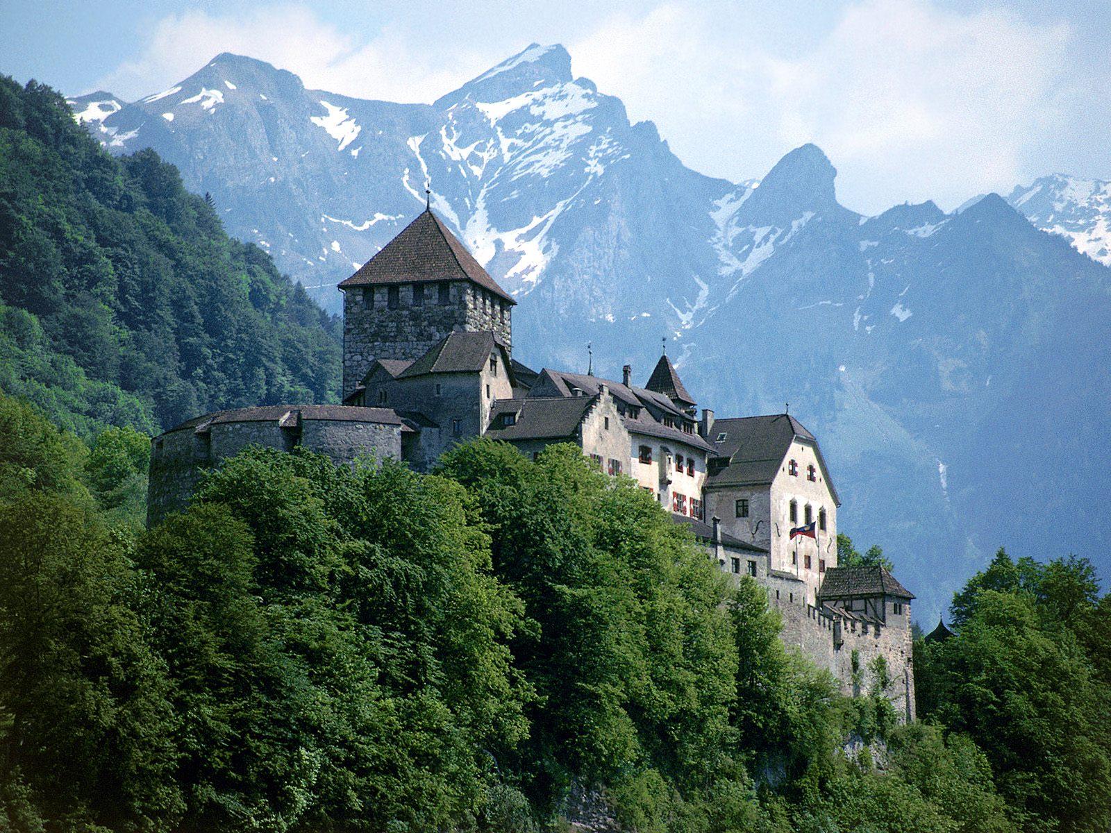 Замок Вадуц - дом князя и его семьи