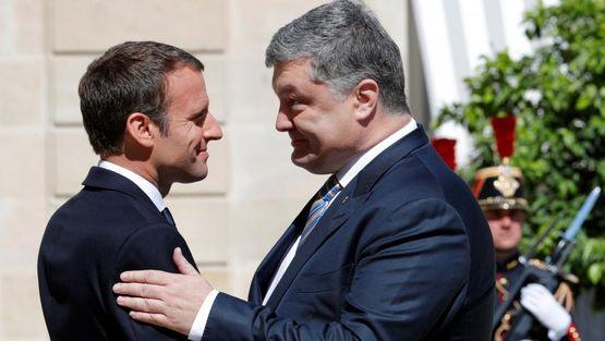 Макрон требует вернуть Крым